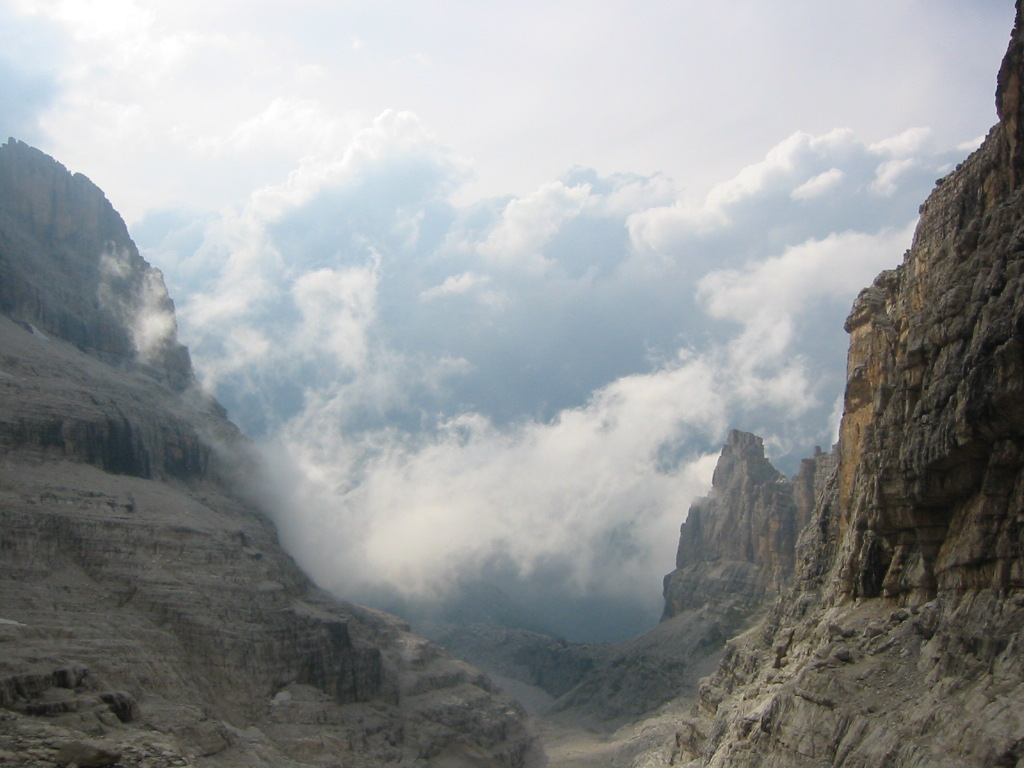 09 August 22,2008 – Back to the Wild - Rifugio Alimonta (2580m)