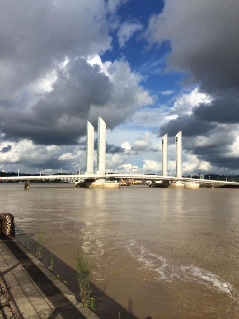 07-20 19;09 Bordeaux - Pont Chaban-Delmas